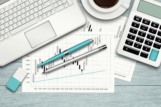 how elite financial advisors manage their business financials