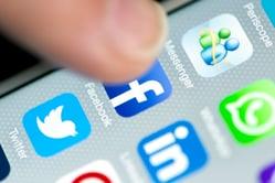 financial advisors on social media
